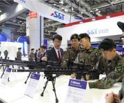 저격용 소총·차세대 경기관총·전차 변속기…지상무기 '눈길'