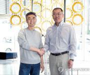 정의선-송창현 '미래 모빌리티' 제휴…현대차, 코드42에 투자