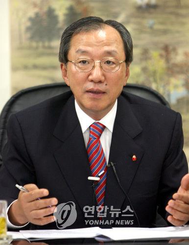 이장호 전 부산은행장 [연합뉴스 자료 사진]
