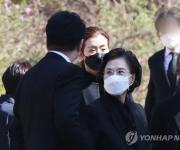 '항공업계 선구자' 故조양호 회장 1주기…조현아는 추모식 불참